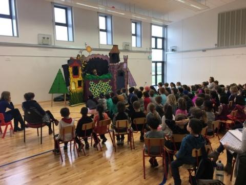Dorothy DoLittle's Puppet Show